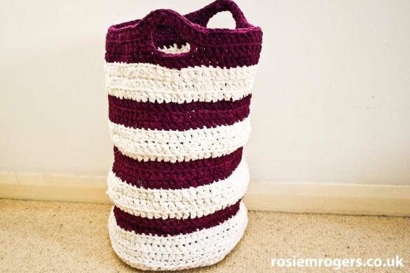 crochet washing basket